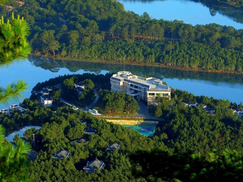 Dalat Edensee Lake Resort & Spa 5 sao